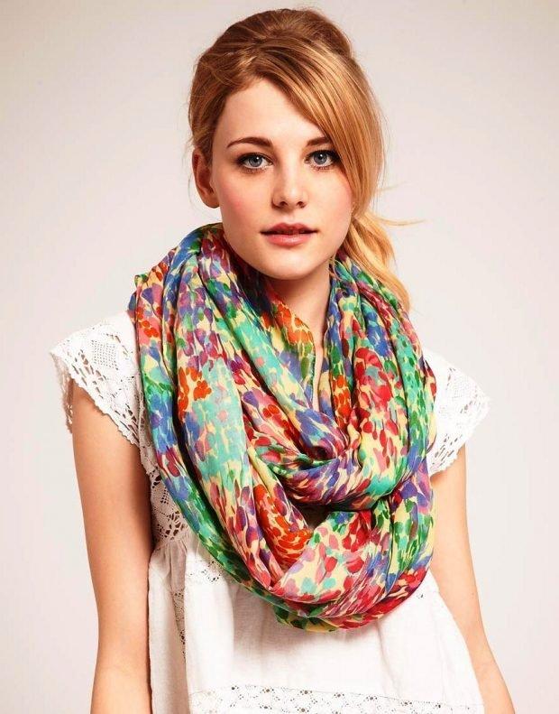 легкий шарф снуд яркий