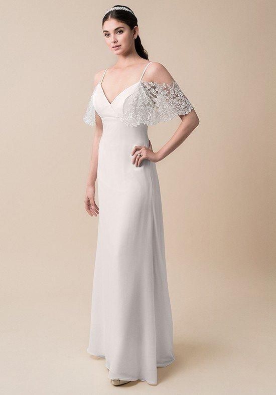 свадебное платье с кружевом на рукавах
