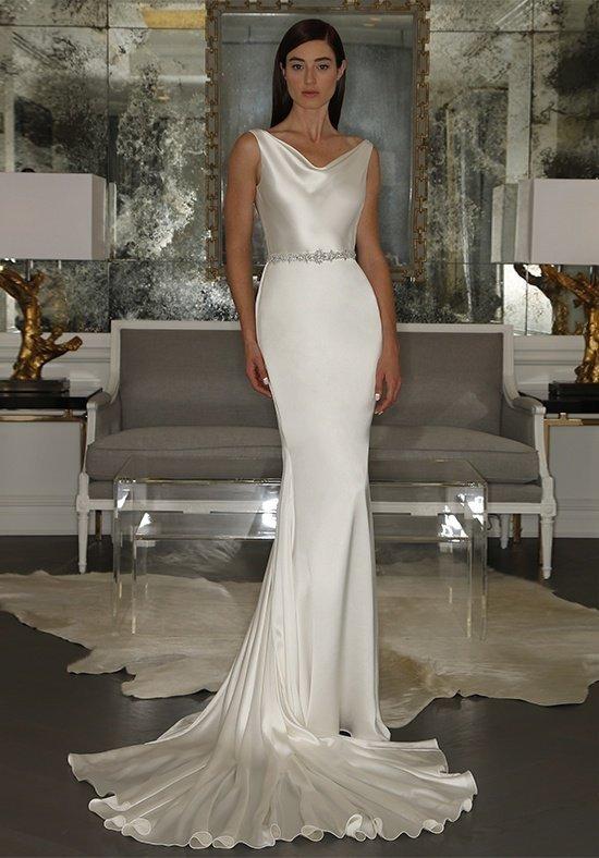 свадебные платья: со шлейфом шелковое