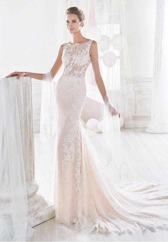 фото свадебных платьев: цветное