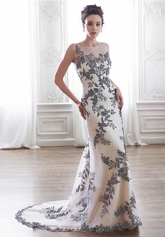фото свадебных платьев: цветное с узором