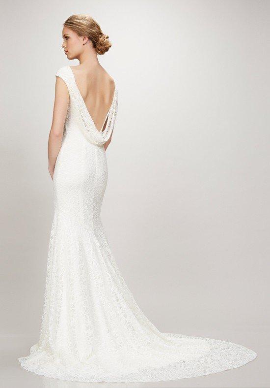фото свадебных платьев: с открытой спиной с хомутом