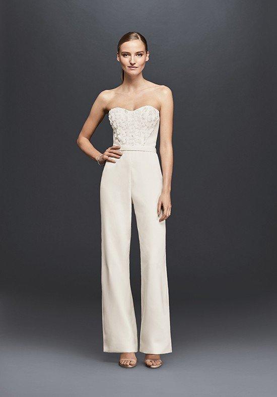фото свадебных платьев: комбинезон белый