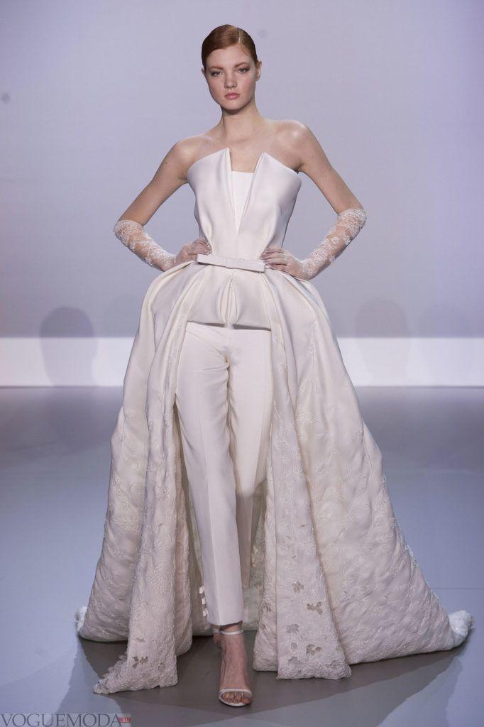 фото свадебных платьев: комплект со шлейфом