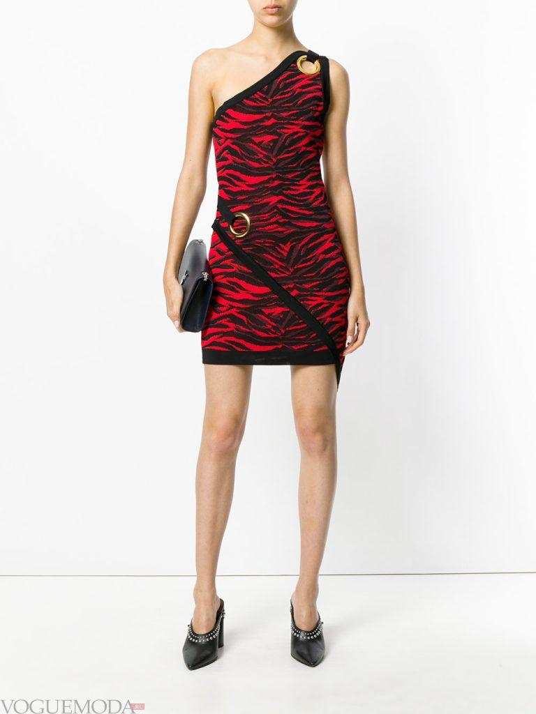 платье красное не для встречи года крысы