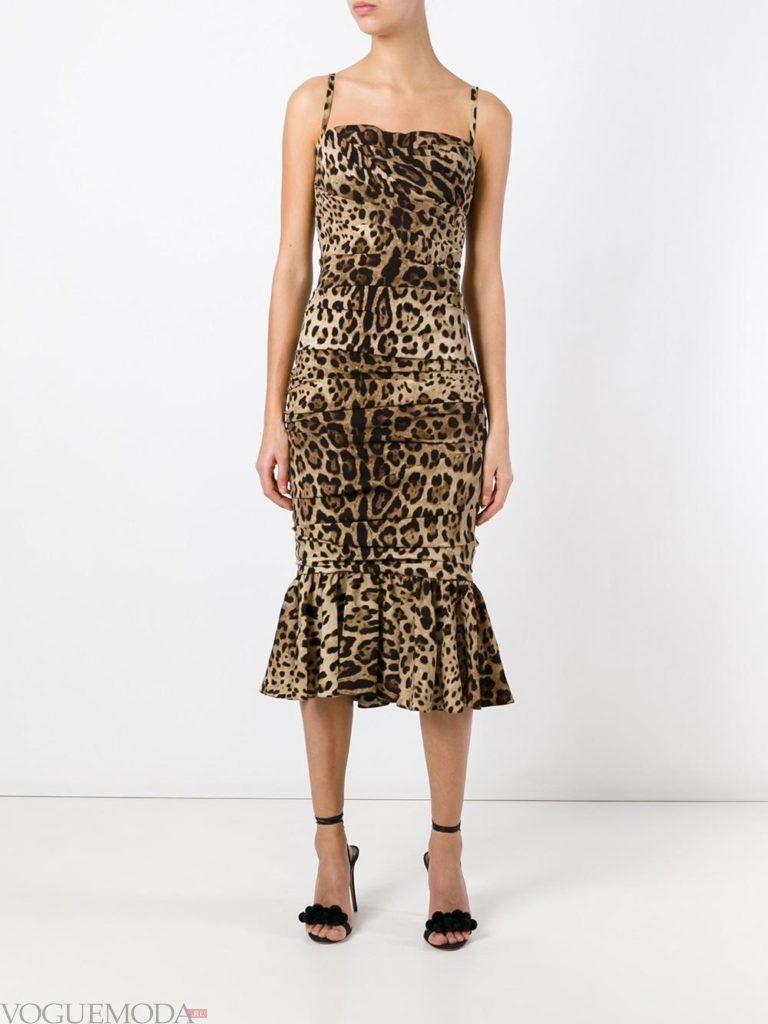 платье с рюшей не для встречи года крысы