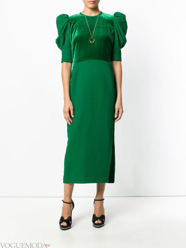 зеленое платье с декором для встречи года крысы