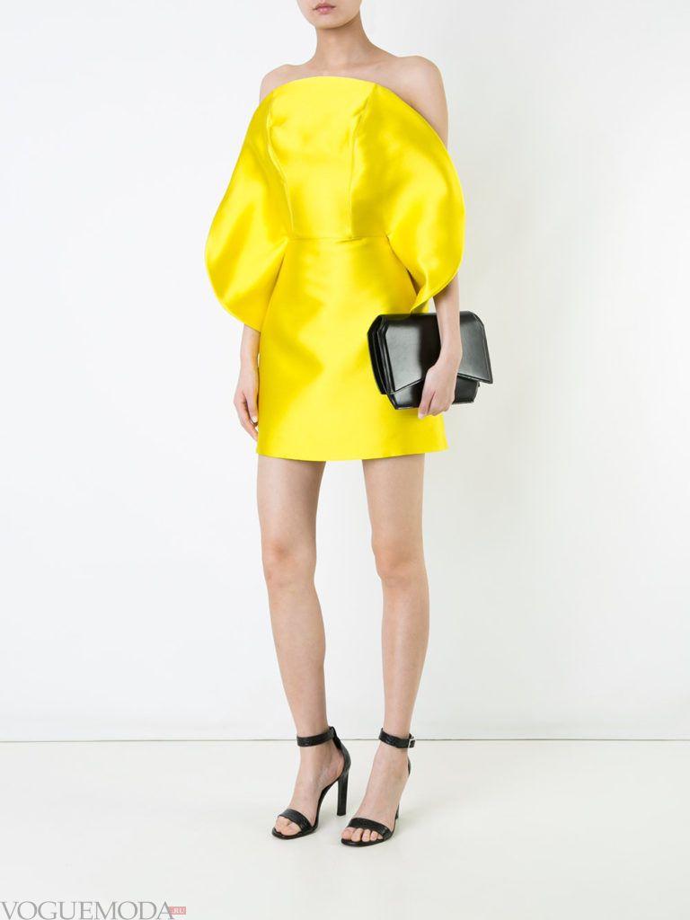желтое платье для встречи года крысы с декором