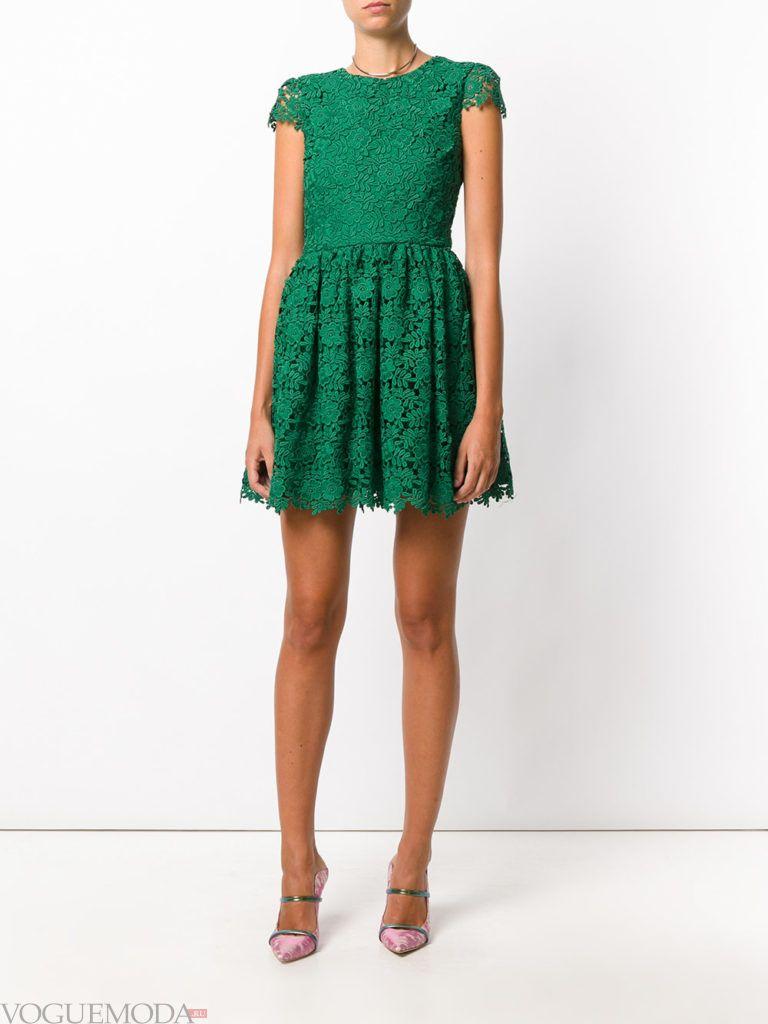зеленое платье кружевное для встречи года крысы