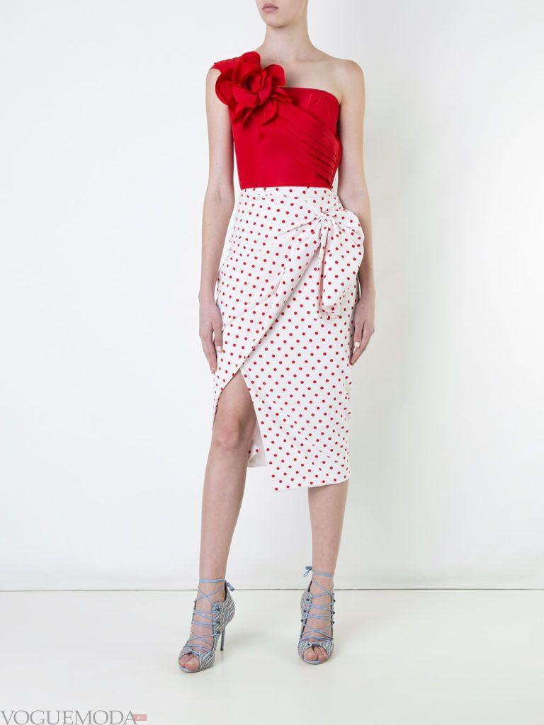 асимметричная юбка светлая