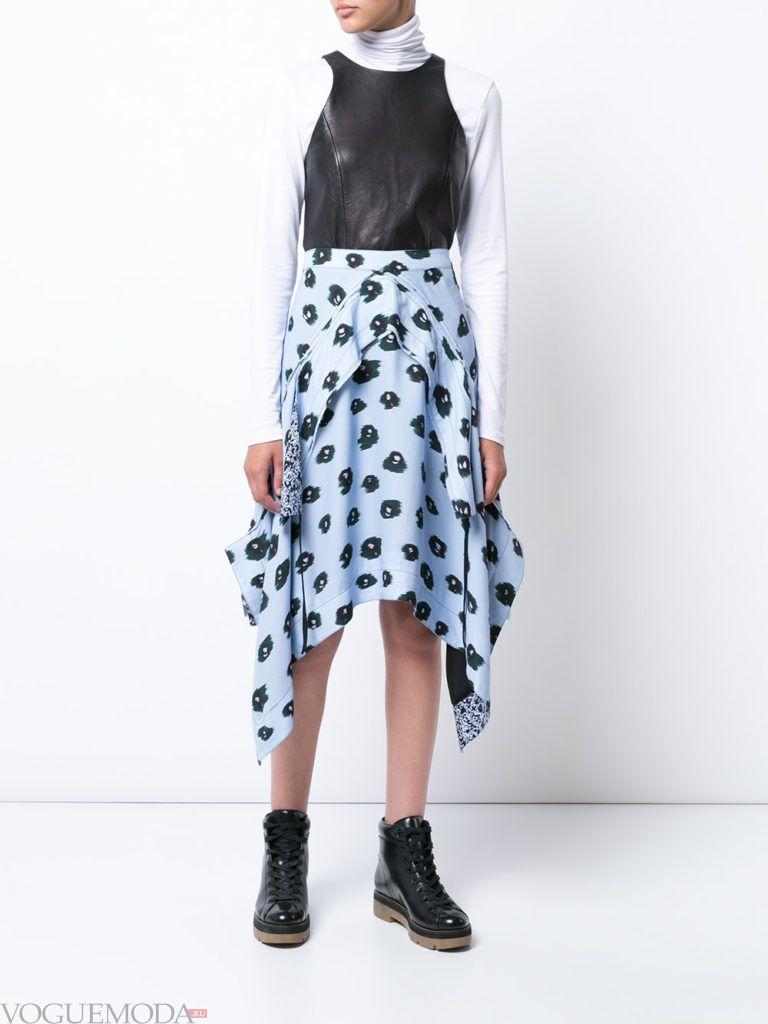асимметричная юбка с принтом