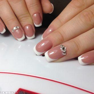 свадебные ногти классические