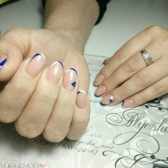 френч двухцветный на коротких ногтях