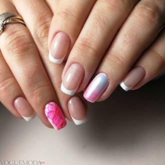 белый френч с розовым рисунком
