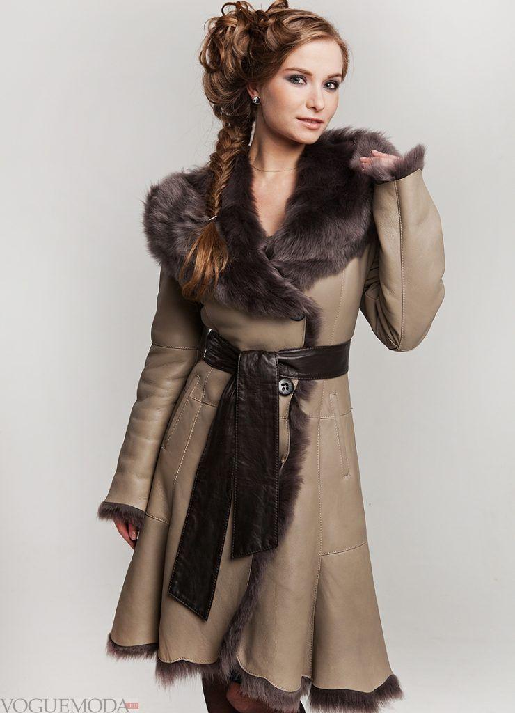 женская дубленка-халат с мехом