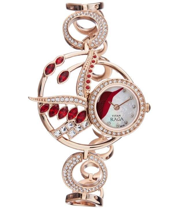молодежные женские часы с декором