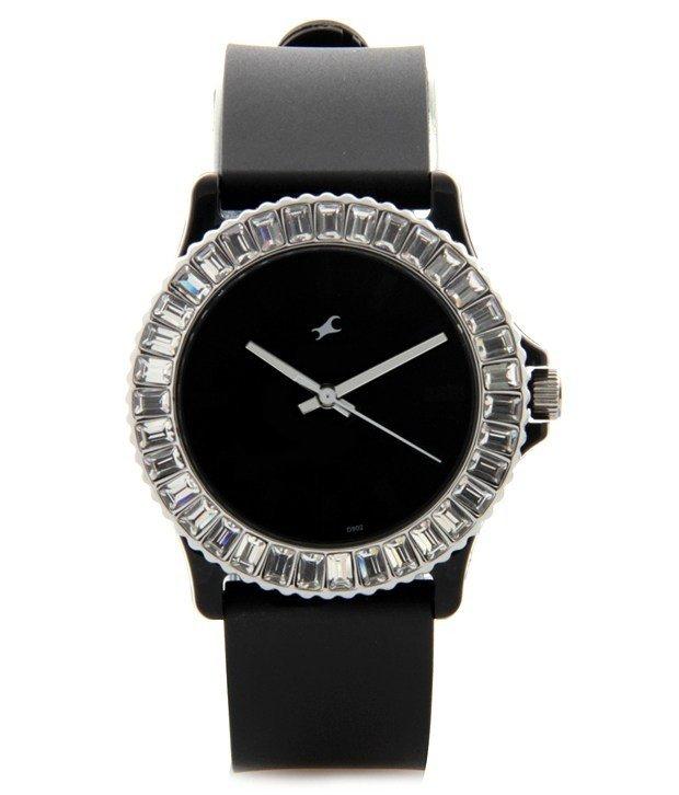 классические женские черные часы