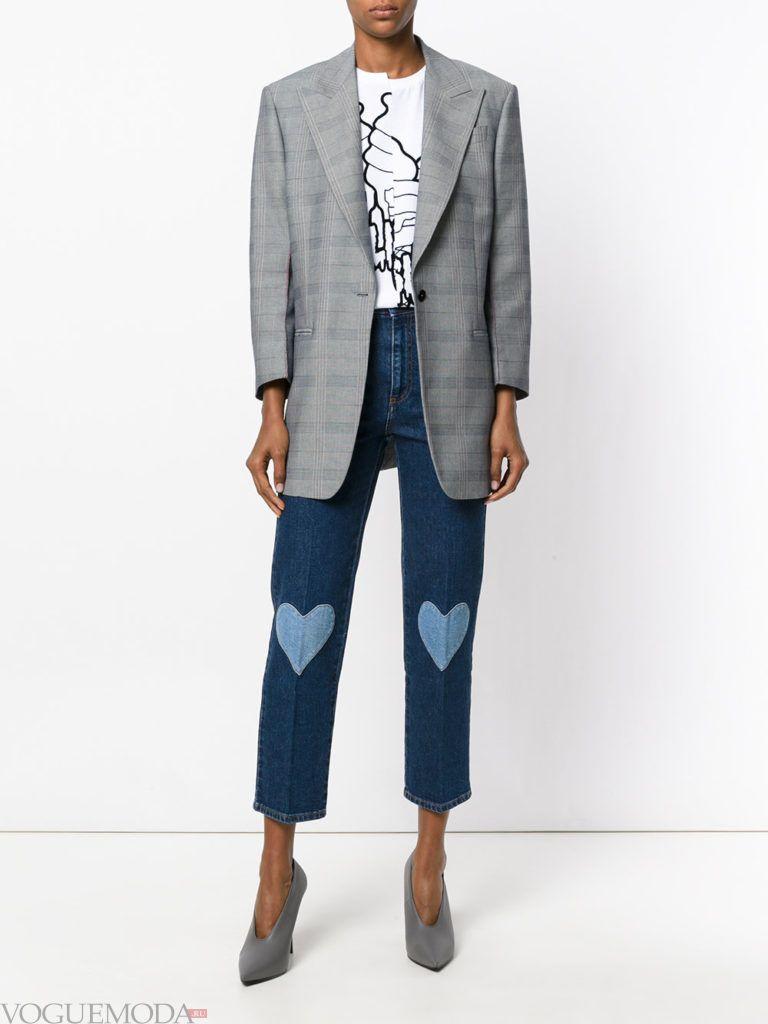 джинсы с контрастными вставками сердечками