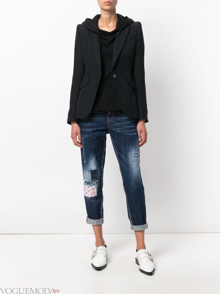 джинсы с контрастными вставками укороченные