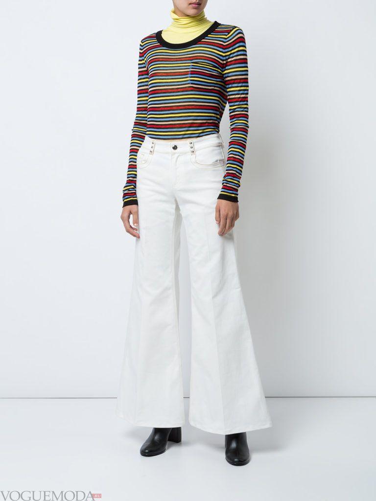 модные джинсы белые
