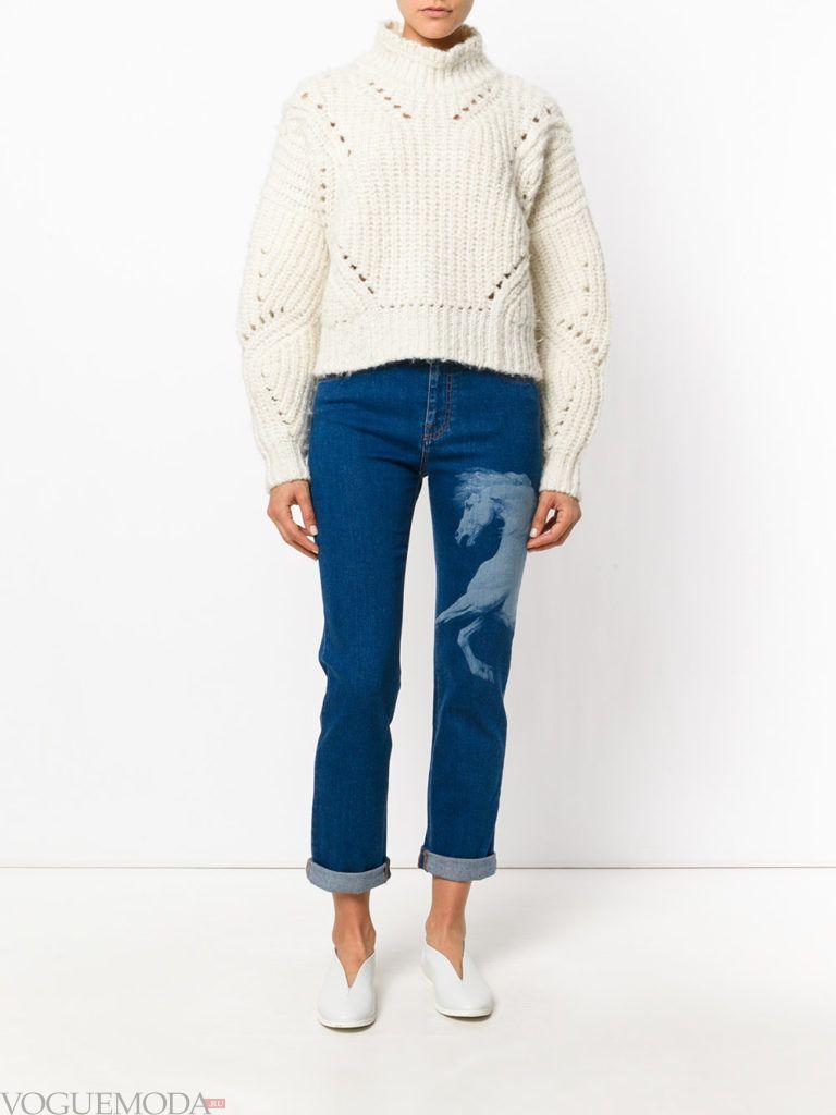 модные джинсы с изображением