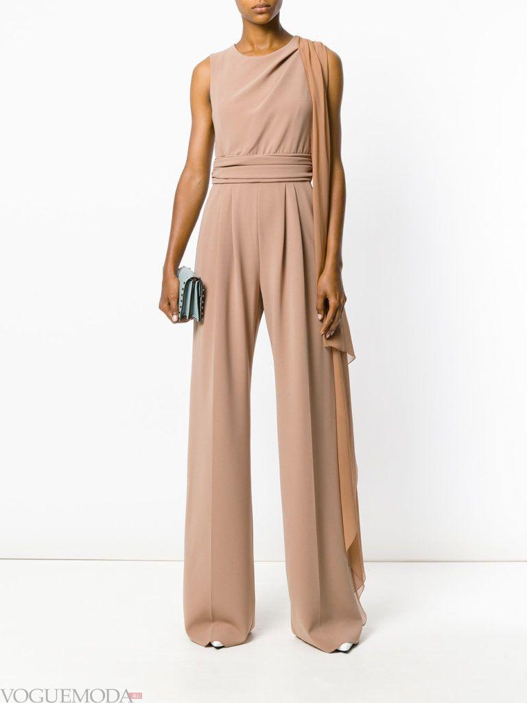 женский комбинезон с широкими брюками нюдовый