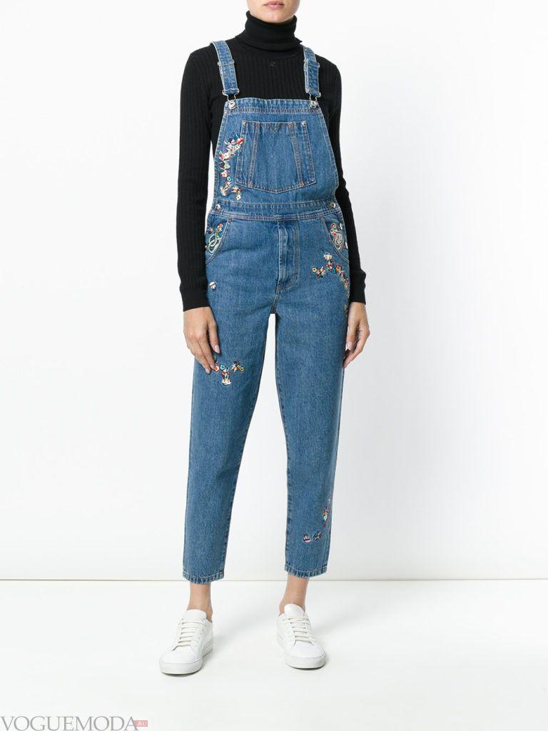 женский джинсовый комбинезон с декором