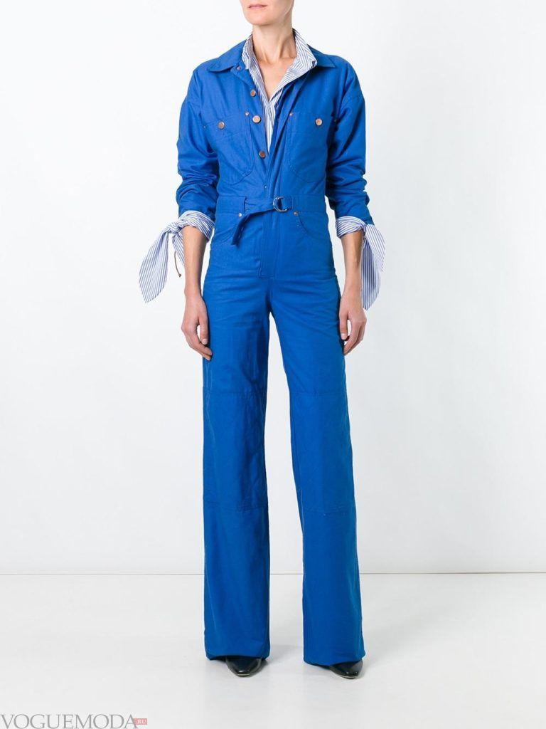 женский комбинезон из легкой х/б ткани синий