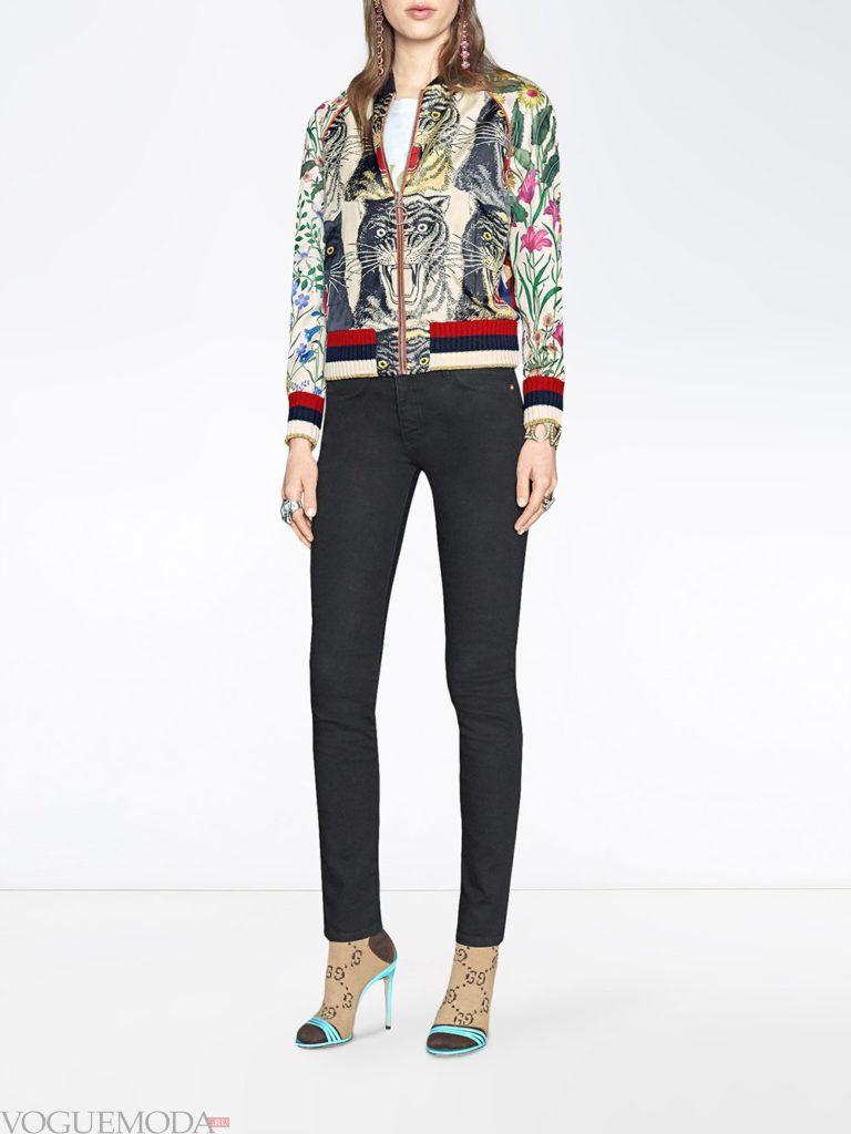 женские куртки осень-зима 2019 2020: с принтом