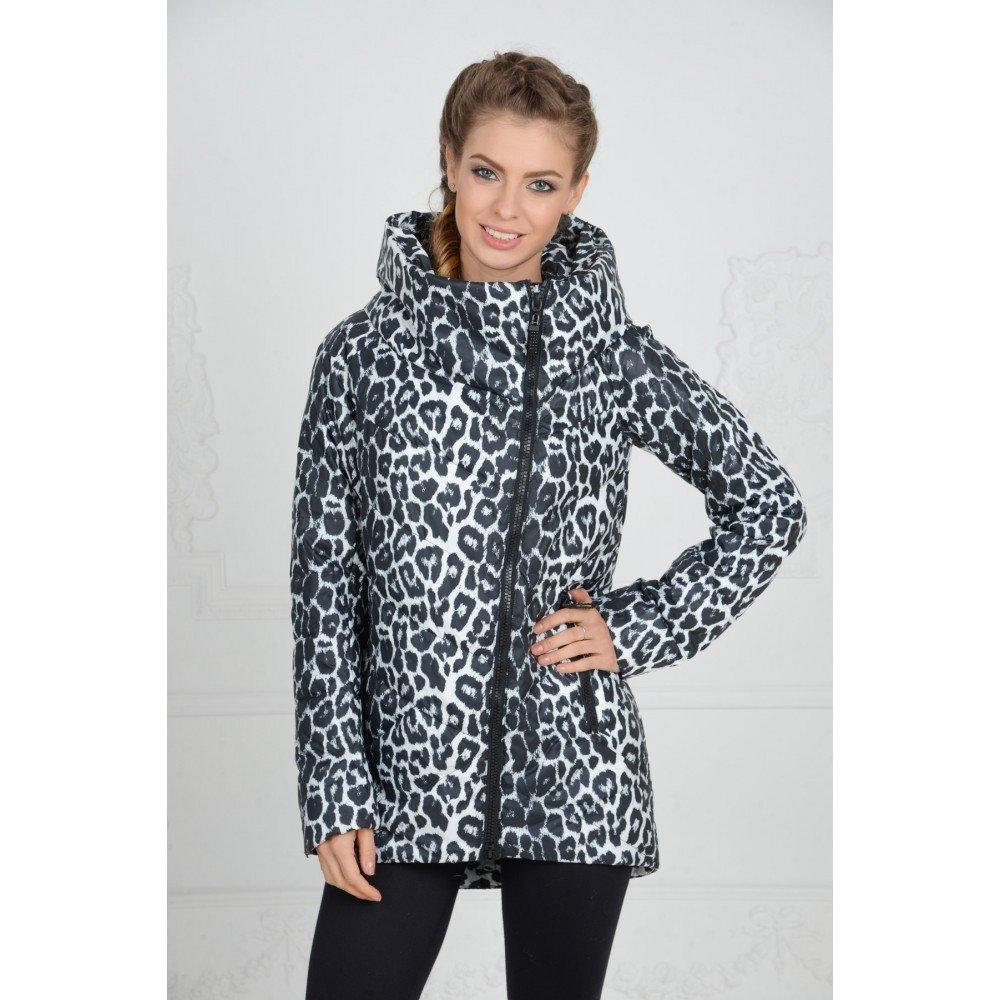женская леопардовая куртка светлая