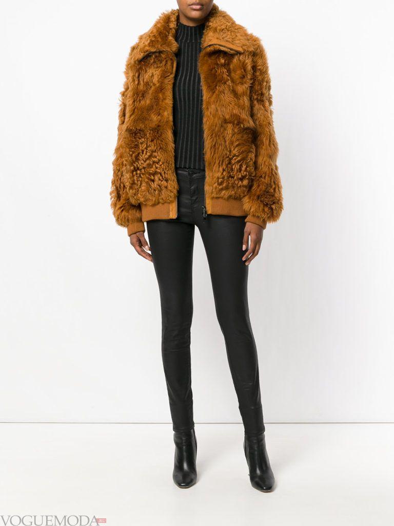 женская меховая куртка цветная
