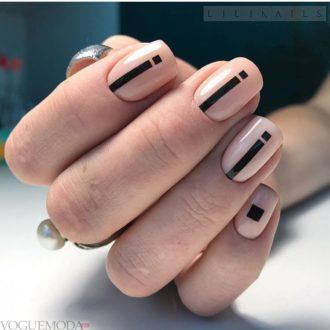 ногти бежевые