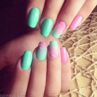 ногти из двух цветов