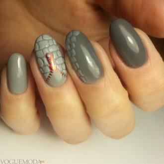 фактурный маникюр серый