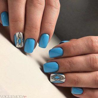 геометрический маникюр синий