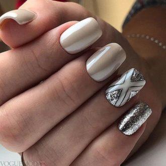 маникюр с серебром модный