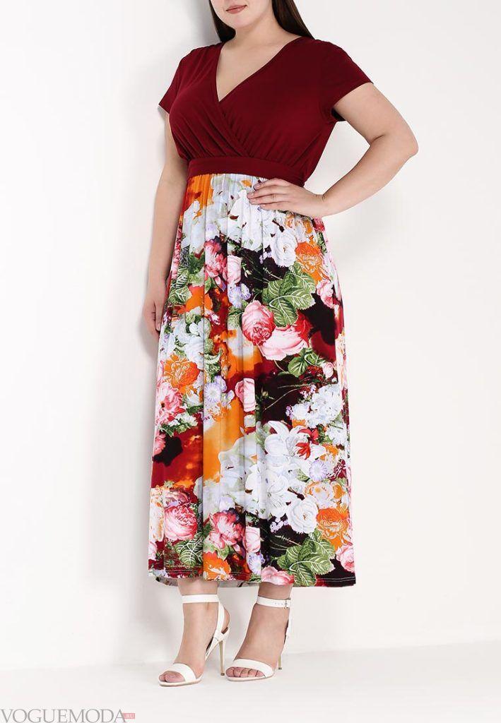 летнее платье в пол с принтом для полных