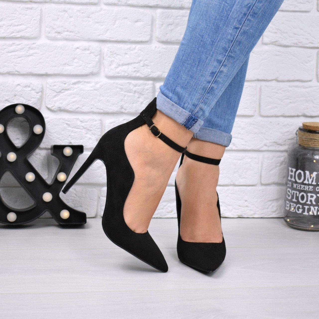 туфли с острым носком черные