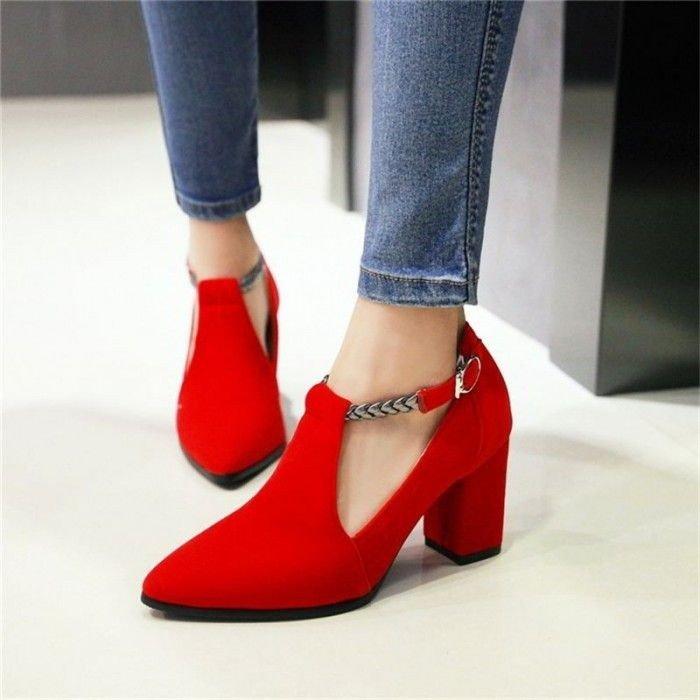 туфли с острым носкомкрасные