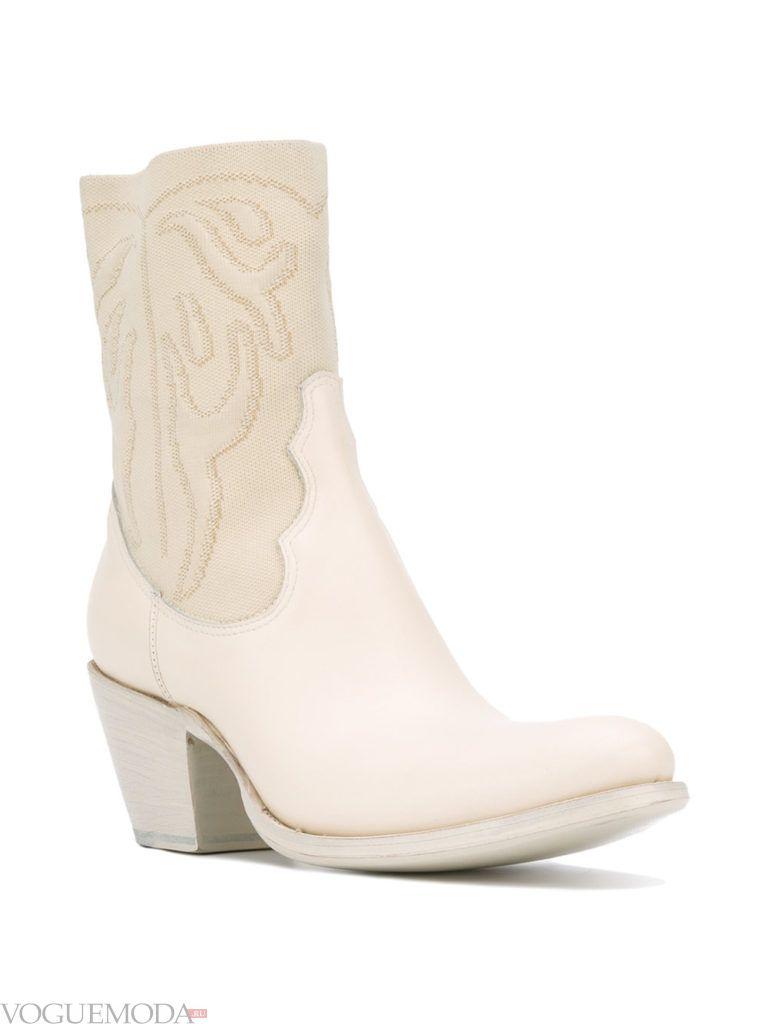 белые техасские сапоги