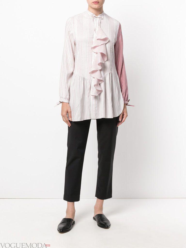 модная блузка-рубашка с рюшей