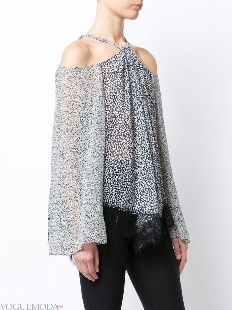 модная прозрачная блузка светлая