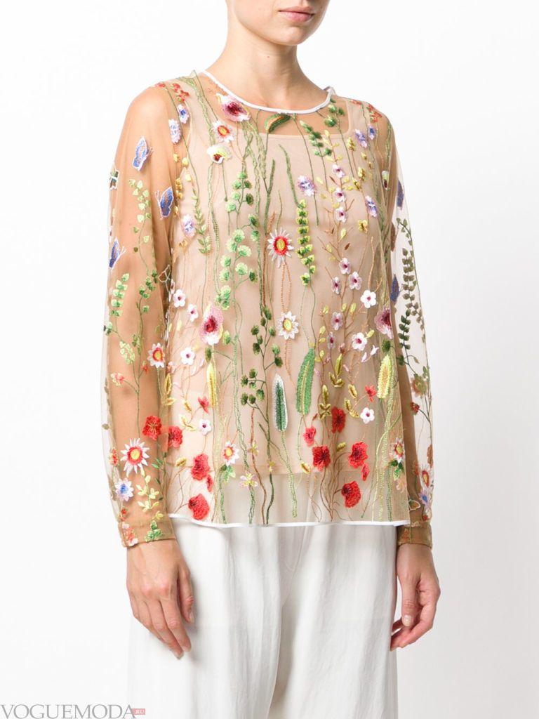 модная прозрачная блузка с декором
