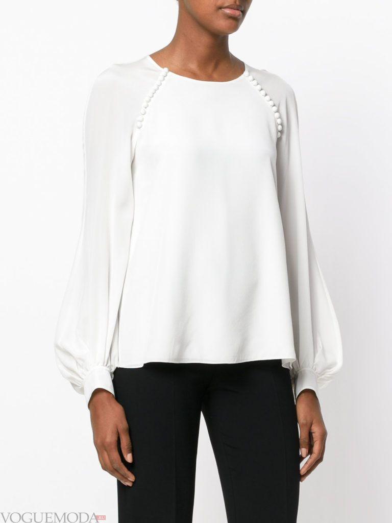 модная белая блузка с декором