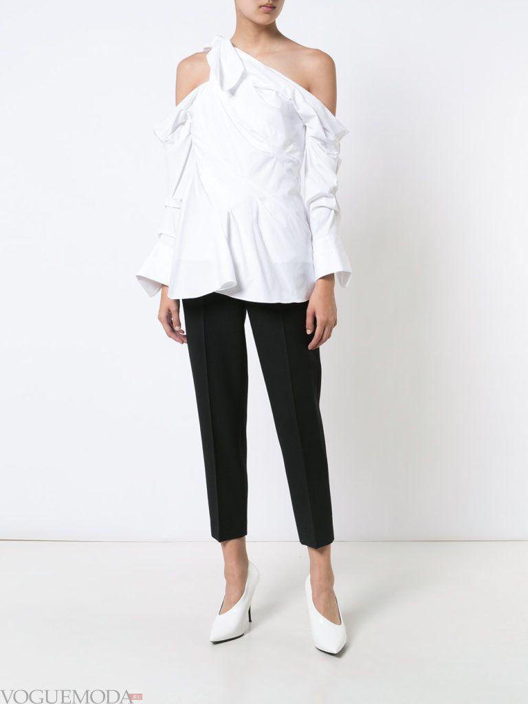 модная блузка с асимметрией белая