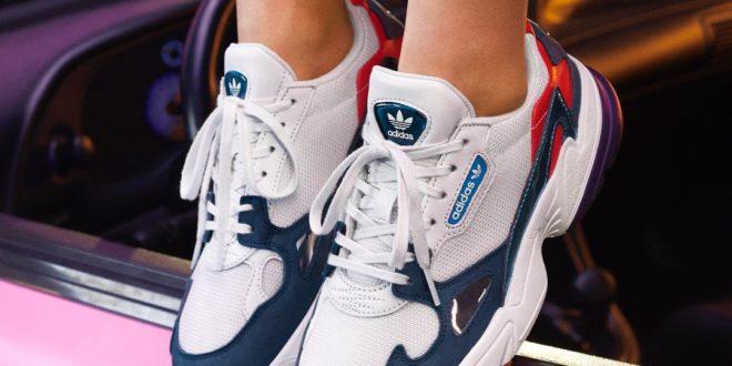 Модные женские кроссовки 2022-2023
