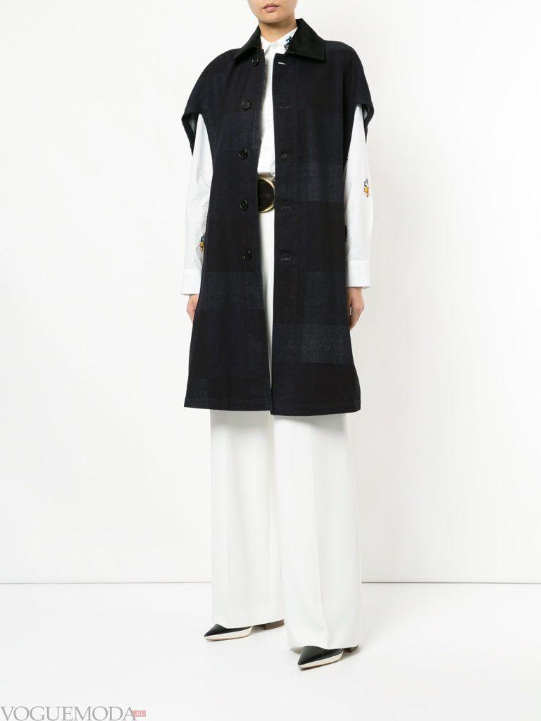 модное пальто без рукавов черное