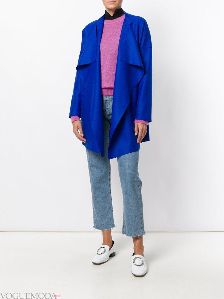 модное короткое пальто синее