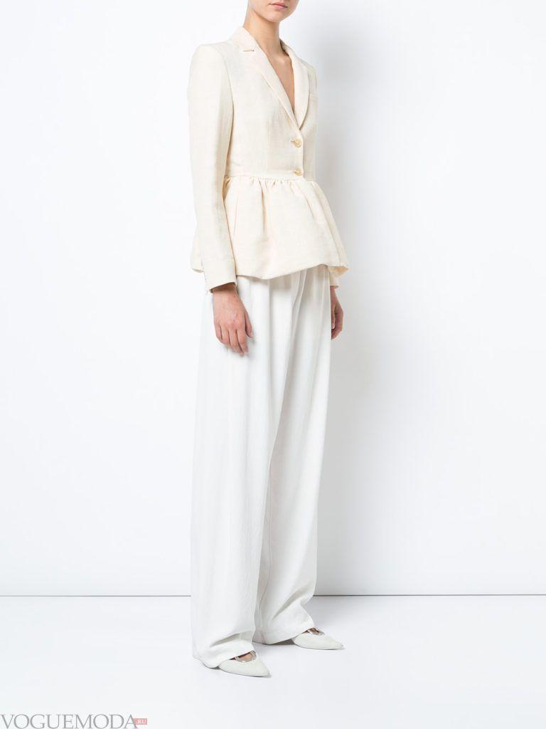 пиджак-пеплум белый