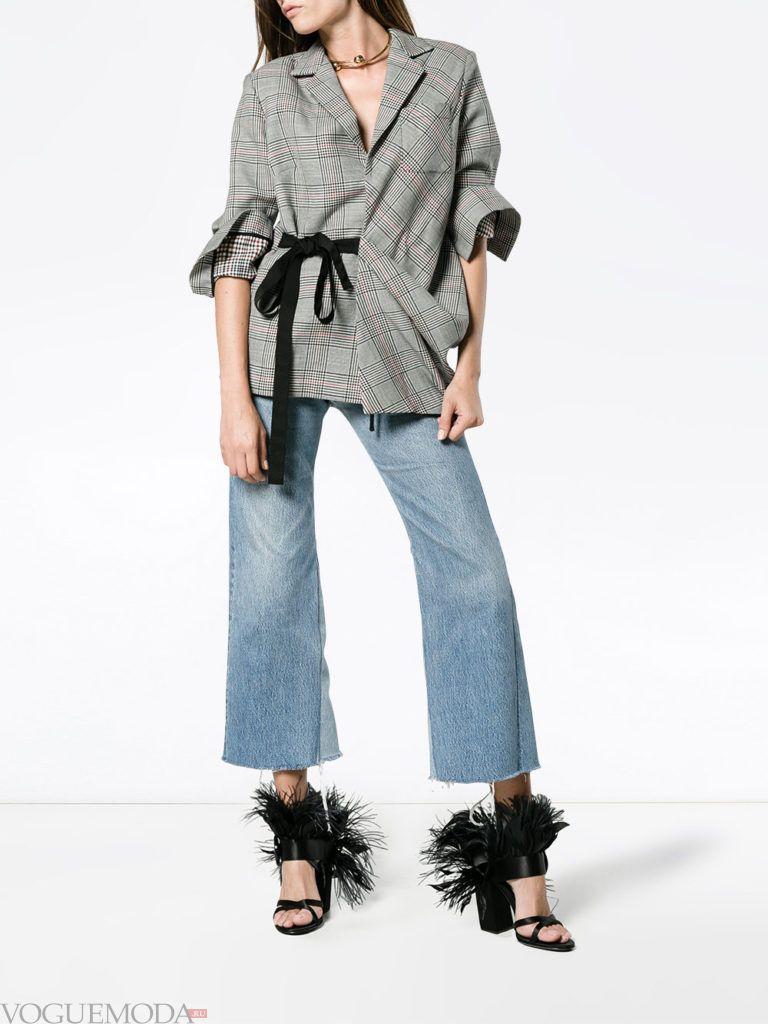 женский пиджак с поясом и асимметрией